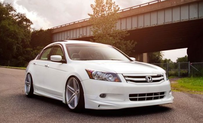 Тюнинг Honda Accord 7 белый